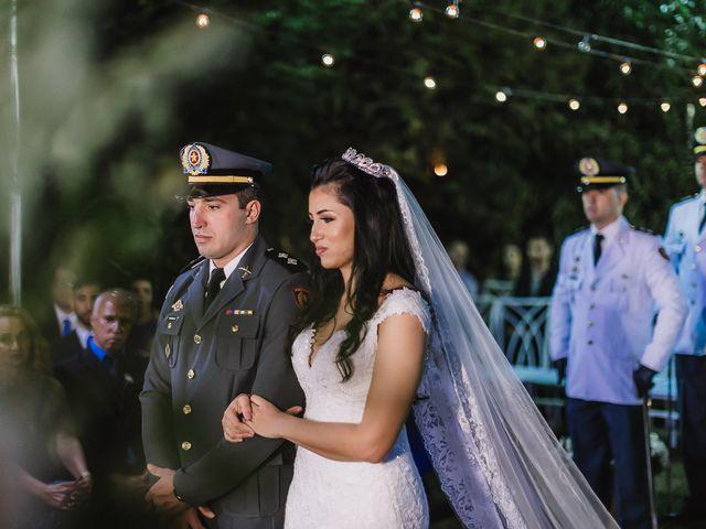 O casamento de Heverton e Verônica em Belo Horizonte, Minas Gerais 33