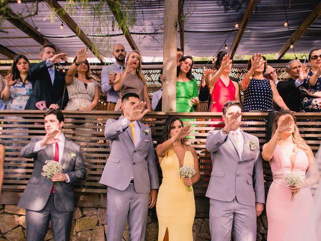 O casamento de Rodrigo e Cristiane em Porto Alegre, Rio Grande do Sul 17