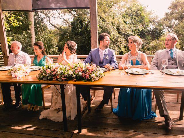 O casamento de Rodrigo e Cristiane em Porto Alegre, Rio Grande do Sul 33