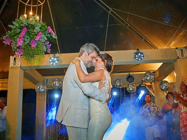 O casamento de Diego e Valeria em Lauro de Freitas, Bahia 12