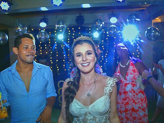 O casamento de Diego e Valeria em Lauro de Freitas, Bahia 14