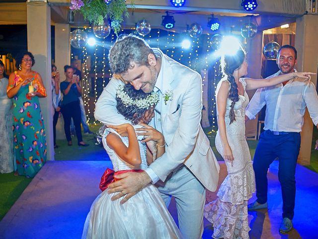 O casamento de Diego e Valeria em Lauro de Freitas, Bahia 15