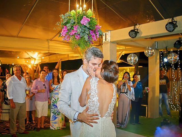 O casamento de Diego e Valeria em Lauro de Freitas, Bahia 16