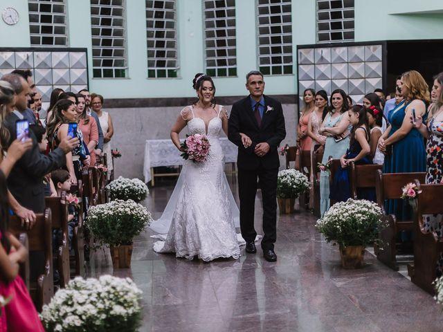 O casamento de Thiago e Raphaela em Belo Horizonte, Minas Gerais 29