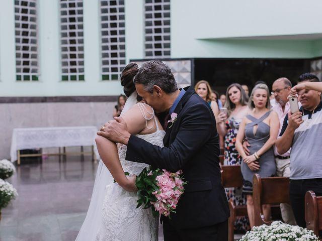O casamento de Thiago e Raphaela em Belo Horizonte, Minas Gerais 31