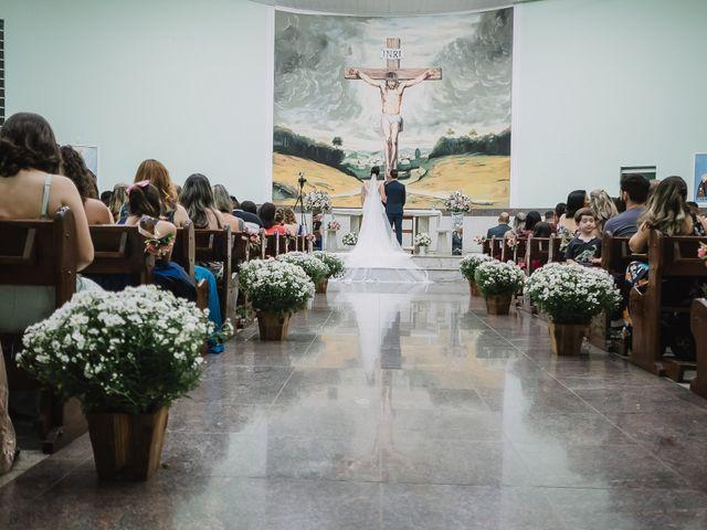O casamento de Thiago e Raphaela em Belo Horizonte, Minas Gerais 37