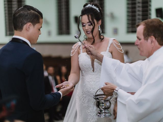 O casamento de Thiago e Raphaela em Belo Horizonte, Minas Gerais 41