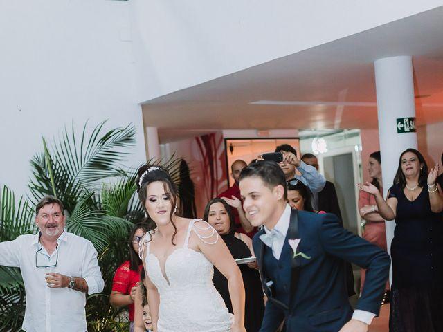 O casamento de Thiago e Raphaela em Belo Horizonte, Minas Gerais 55
