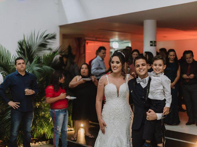 O casamento de Thiago e Raphaela em Belo Horizonte, Minas Gerais 58