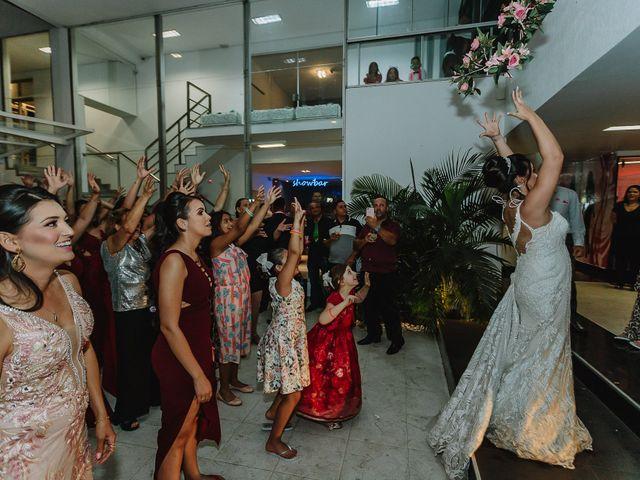 O casamento de Thiago e Raphaela em Belo Horizonte, Minas Gerais 66