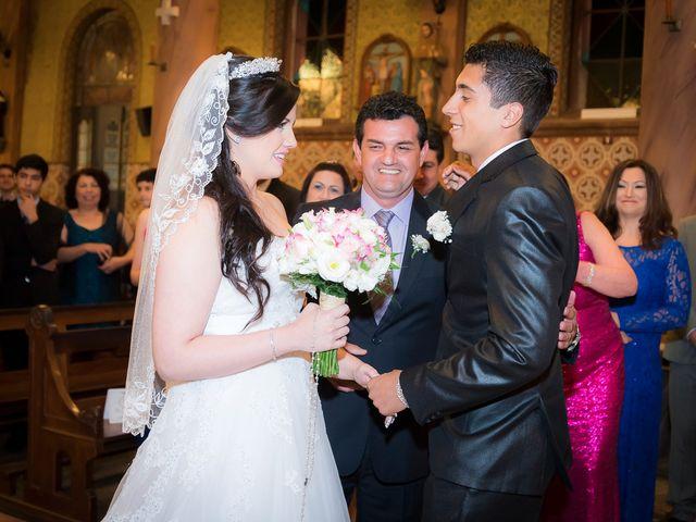 O casamento de Leonardo e Rafaela em São José dos Pinhais, Paraná 26