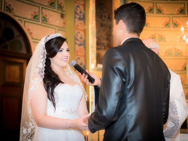 O casamento de Leonardo e Rafaela em São José dos Pinhais, Paraná 30