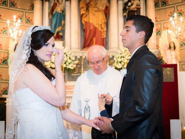 O casamento de Leonardo e Rafaela em São José dos Pinhais, Paraná 33