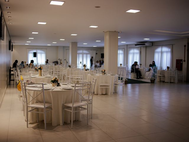 O casamento de Mateus e Claudineia em Joinville, Santa Catarina 17