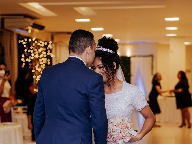 O casamento de Mateus e Claudineia em Joinville, Santa Catarina 50