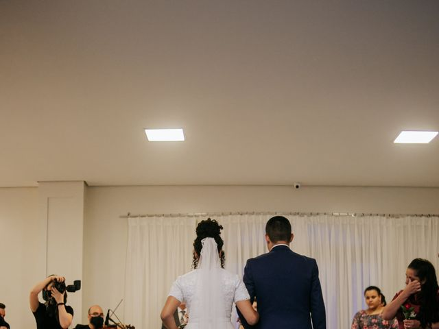 O casamento de Mateus e Claudineia em Joinville, Santa Catarina 51
