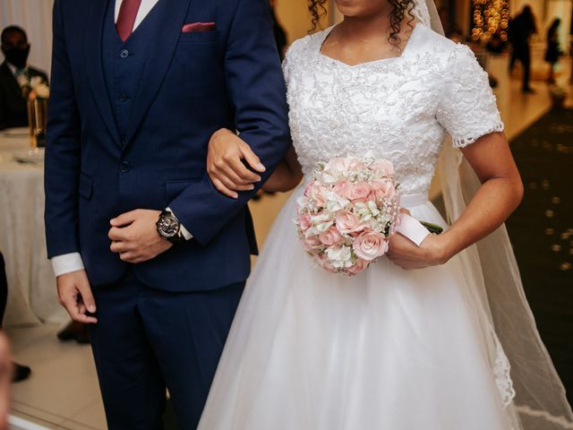 O casamento de Mateus e Claudineia em Joinville, Santa Catarina 52