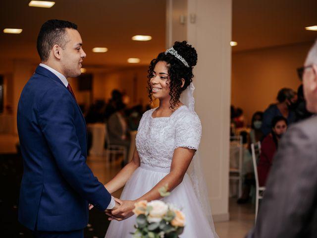 O casamento de Mateus e Claudineia em Joinville, Santa Catarina 56