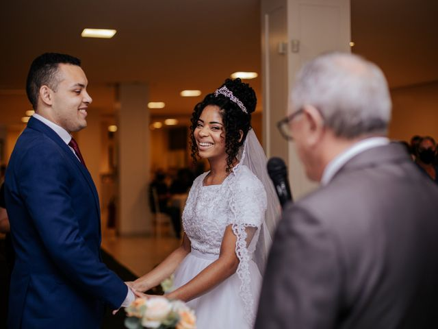 O casamento de Mateus e Claudineia em Joinville, Santa Catarina 57