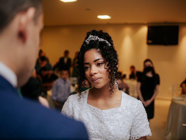 O casamento de Mateus e Claudineia em Joinville, Santa Catarina 77