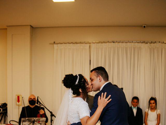 O casamento de Mateus e Claudineia em Joinville, Santa Catarina 89