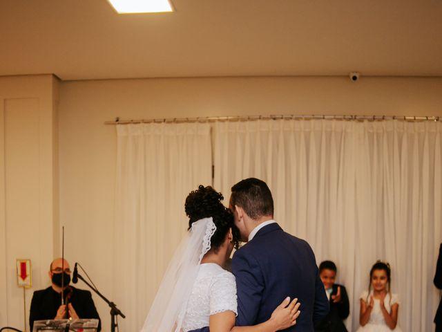 O casamento de Mateus e Claudineia em Joinville, Santa Catarina 91