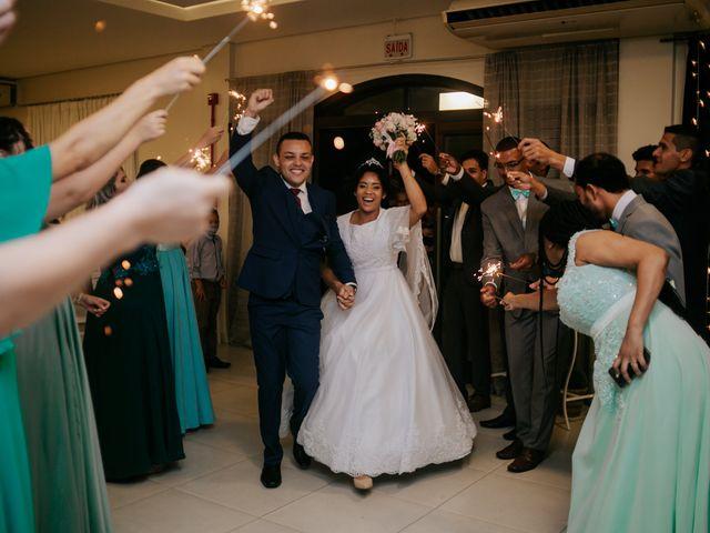 O casamento de Mateus e Claudineia em Joinville, Santa Catarina 103