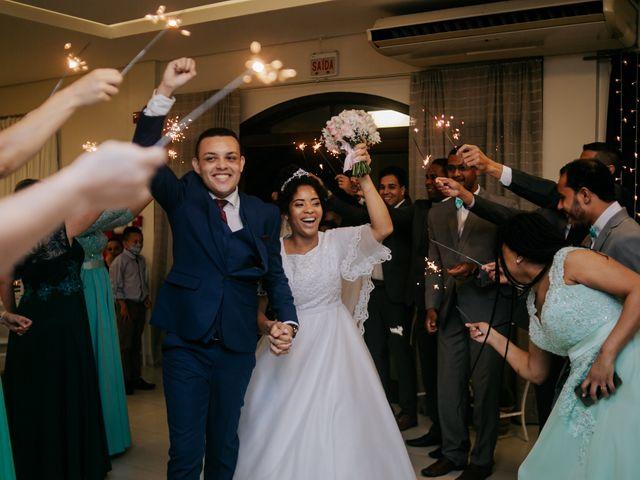 O casamento de Mateus e Claudineia em Joinville, Santa Catarina 104