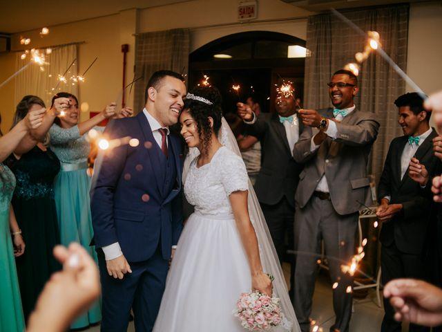 O casamento de Mateus e Claudineia em Joinville, Santa Catarina 107