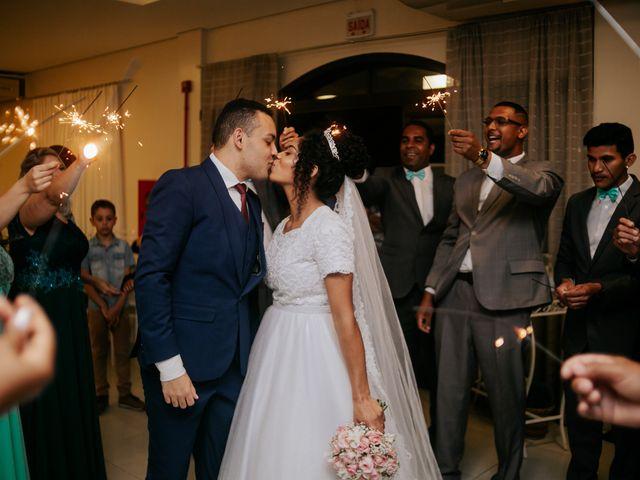 O casamento de Mateus e Claudineia em Joinville, Santa Catarina 109