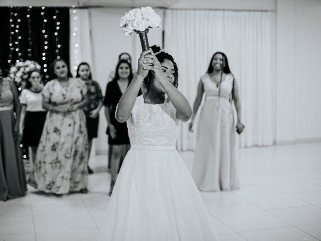 O casamento de Mateus e Claudineia em Joinville, Santa Catarina 117