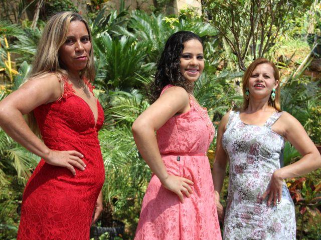 O casamento de Filipe e Carine  em Itabira, Minas Gerais 5