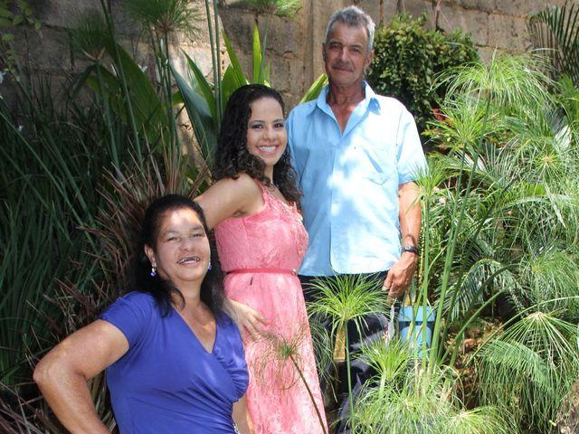 O casamento de Filipe e Carine  em Itabira, Minas Gerais 7