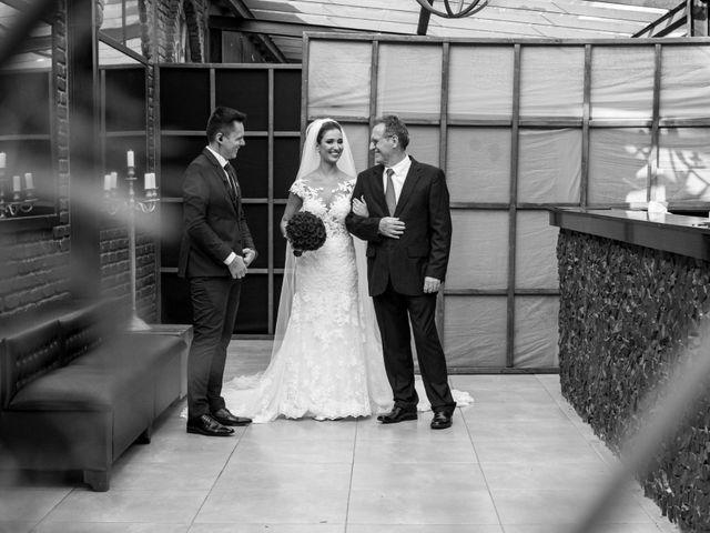 O casamento de Leandro e Fábia em Florianópolis, Santa Catarina 18