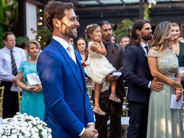 O casamento de Leandro e Fábia em Florianópolis, Santa Catarina 20