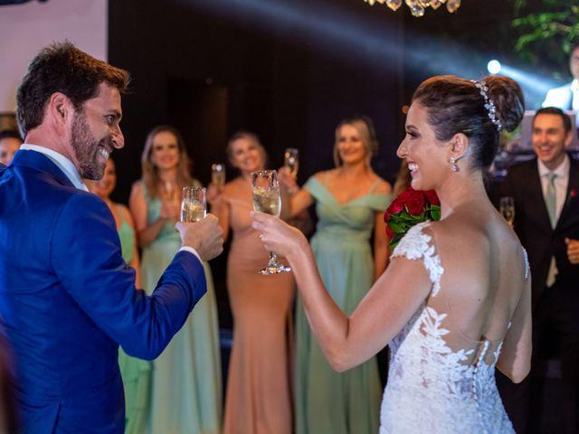 O casamento de Leandro e Fábia em Florianópolis, Santa Catarina 41