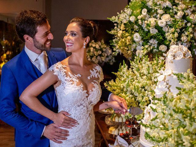 O casamento de Leandro e Fábia em Florianópolis, Santa Catarina 47