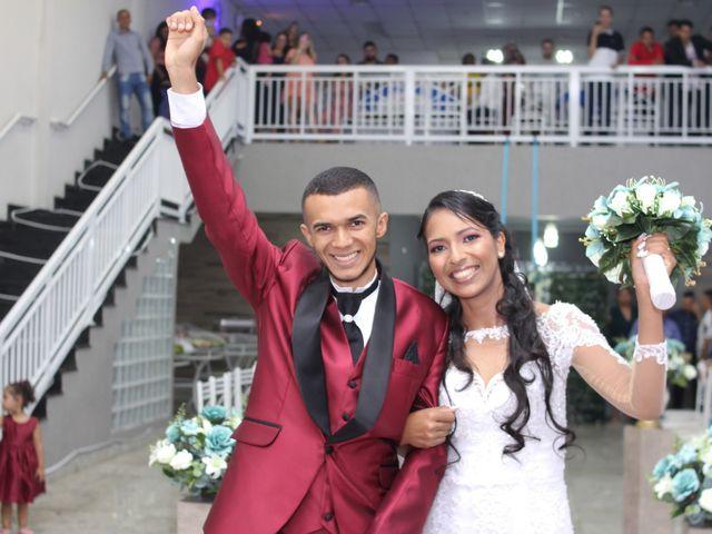 O casamento de Marci e Adiel em Osasco, São Paulo 15