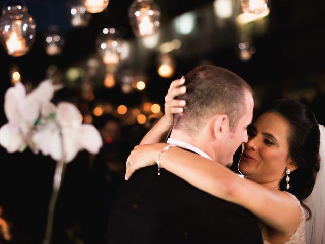 O casamento de Viviane Cavatti e Aaron Orgeron