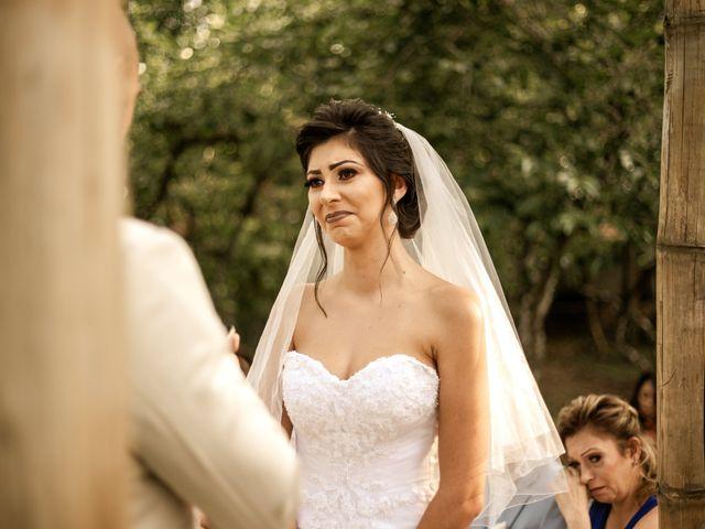 O casamento de Tiago e Amanda em Curitiba, Paraná 29