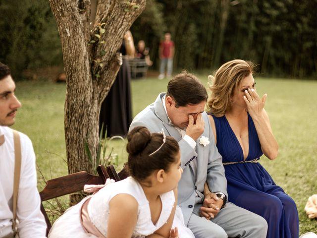 O casamento de Tiago e Amanda em Curitiba, Paraná 31