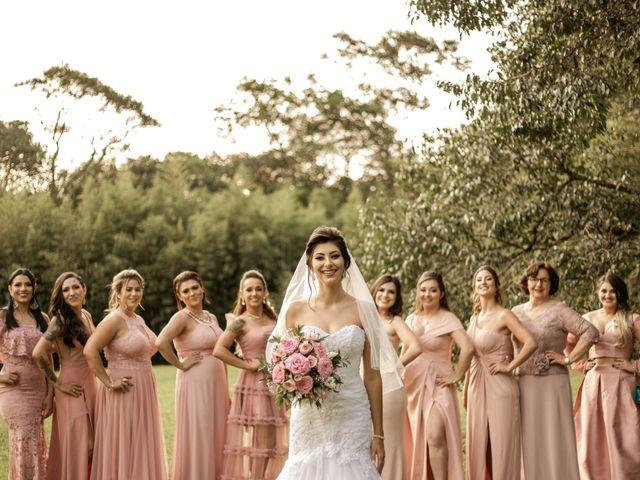 O casamento de Tiago e Amanda em Curitiba, Paraná 37