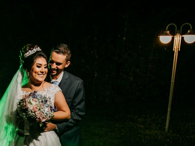 O casamento de Elton e Tatiane em Cotia, São Paulo 14