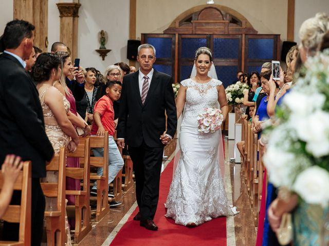 O casamento de Cleiton e Fernanda em Campo do Meio, Minas Gerais 67