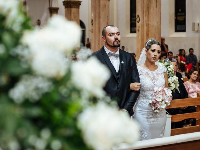 O casamento de Cleiton e Fernanda em Campo do Meio, Minas Gerais 70