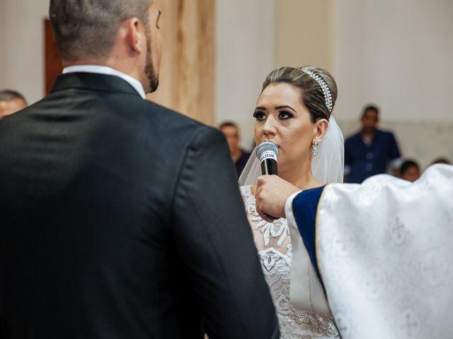 O casamento de Cleiton e Fernanda em Campo do Meio, Minas Gerais 74