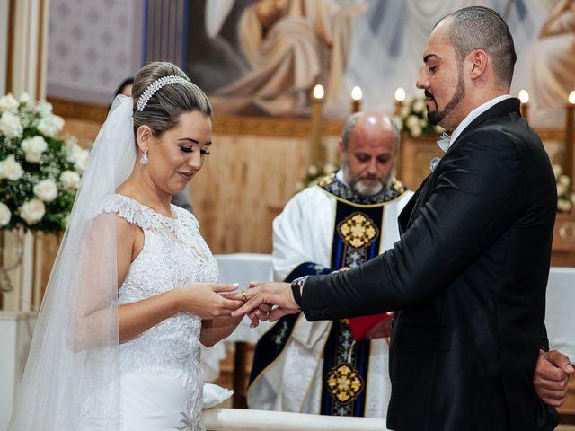 O casamento de Cleiton e Fernanda em Campo do Meio, Minas Gerais 79