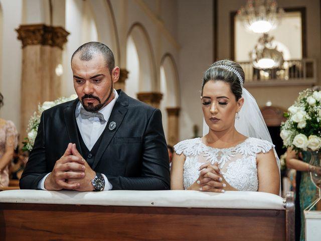 O casamento de Cleiton e Fernanda em Campo do Meio, Minas Gerais 80