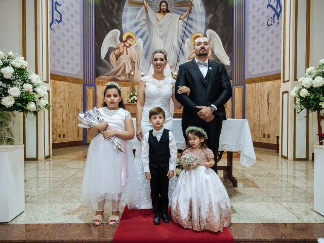 O casamento de Cleiton e Fernanda em Campo do Meio, Minas Gerais 82