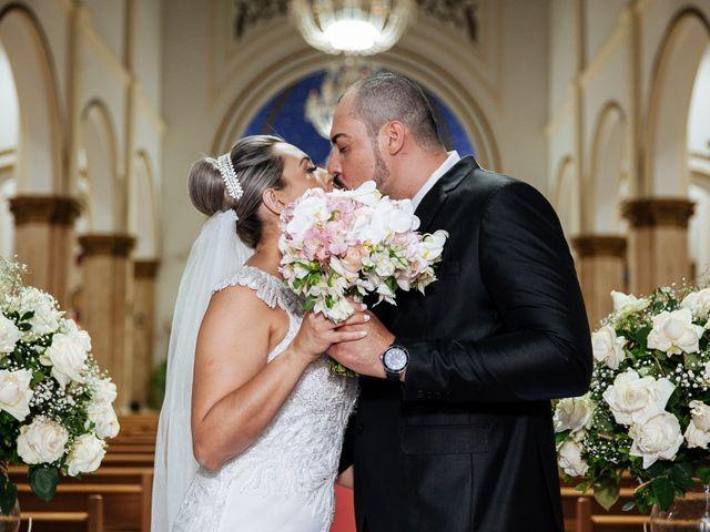 O casamento de Cleiton e Fernanda em Campo do Meio, Minas Gerais 89